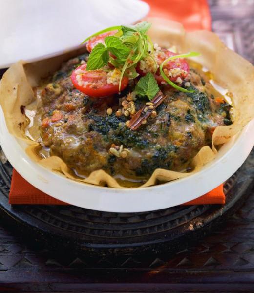 Tunesische Tajine mit Datteltomaten-Couscous-Salat