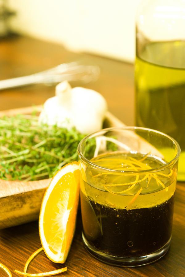 Balsamico-Orangen-Vinaigrette