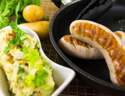 Gebratene Weisswurst mit Kartoffelpüree