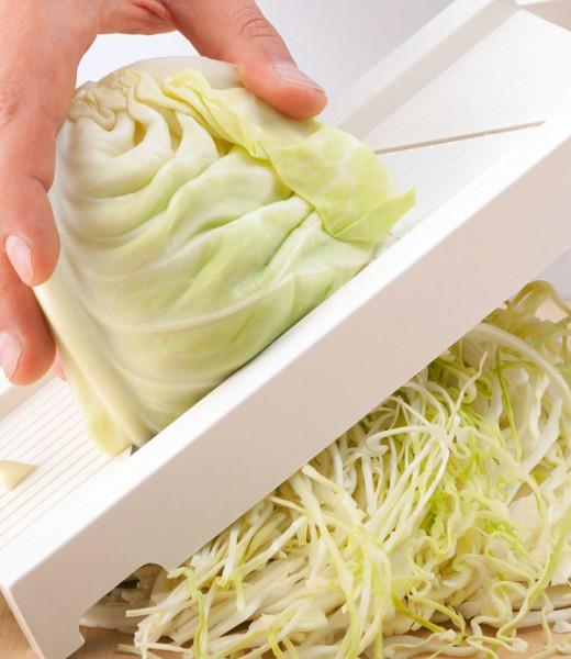Knuspriges Schäufele mit gebratenem Krautsalat