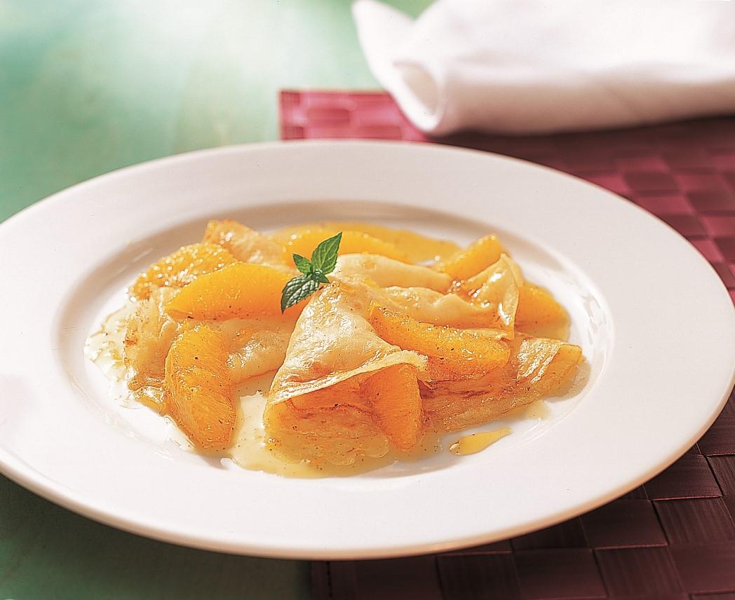 Crêpes mit Orangenragout