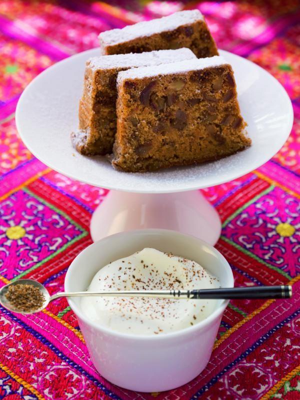 Feigenkuchen mit Walnüssen und Honig