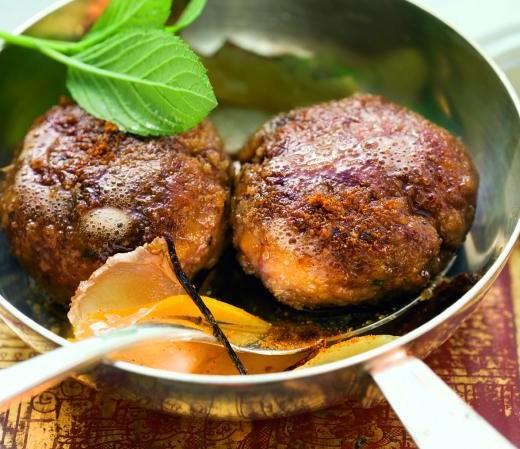 Fleischpflanzerl auf indische Art