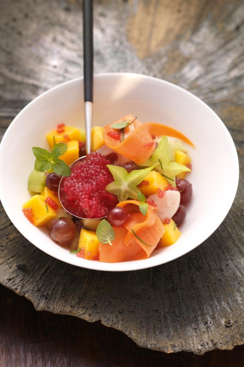Fruchtsalat mit Tapiokaperlen