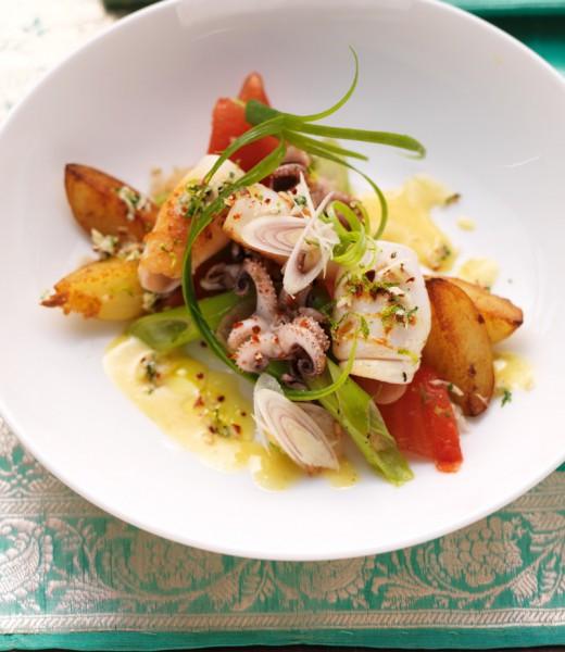 Gegrillte Calamaretti mit Thai-Curry-Mayonnaise und Koriandersalz
