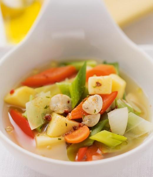 Gemüseeintopf mit Hähnchen