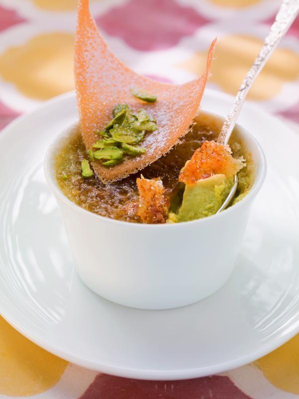 Pistazien-Crème-Brûlèe mit Orangenblütenwasser