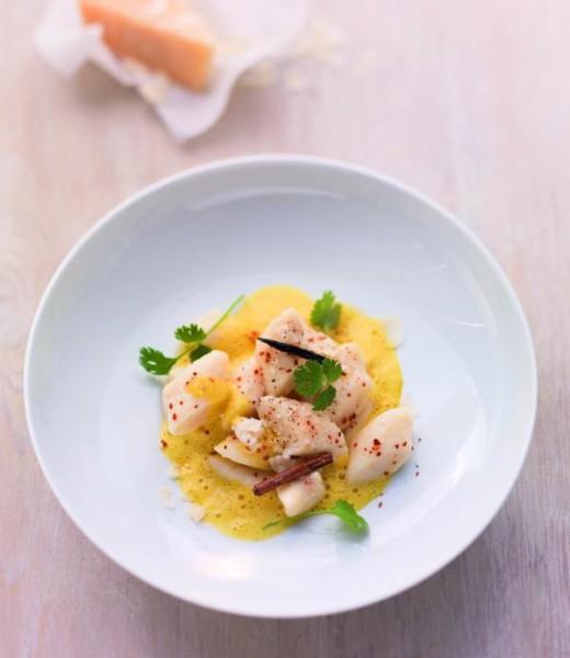 Ricotta-Parmesan-Gnocchi in Karotten-Ingwer-Sauce
