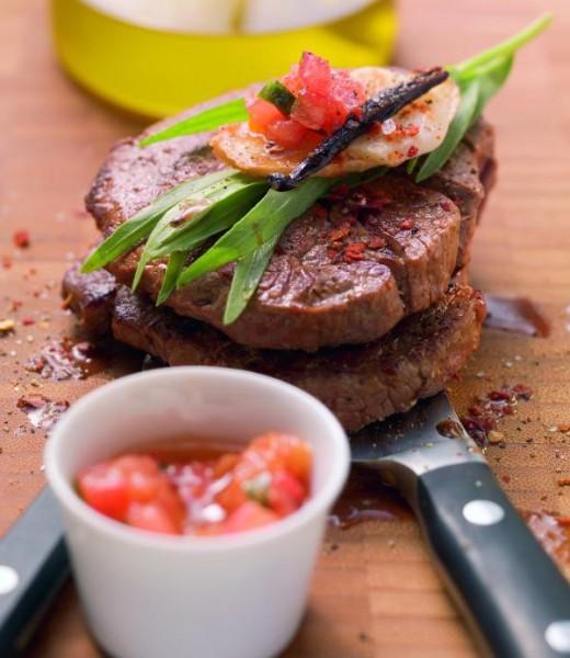 Rinderfiletsteaks mit Tomaten und Estragon