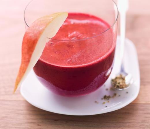 Rote-Bete-Drink mit Zimt und Pfeffer