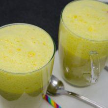 Kurkuma-Latte-Trinkporridge